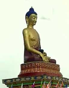 तस्वीरें : चीन की नाराजगी के बावजूद अरूणाचल दौरे पर तिब्बती धर्मगुरू दलाई लामा
