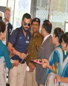 पहला टी20 खेलने कानपुर पहुंची टीम इंडिया, इस अंदाज में हुआ स्वागत