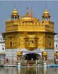 दुनिया के अविश्सनीय मंदिर : कोई सोने का बना तो कोई संगमरमर का