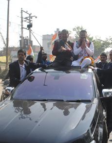 pics: उत्तराखंड में प्रचार के आखिरी दिन भाजपा-कांग्रेस ने झोंकी ताकत