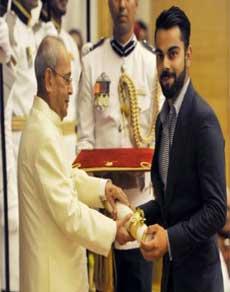 पद्म पुरस्कार : विराट, पवार और दीपा मलिक समेत 89 हस्तियों को सम्मान, देखें तस्वीरें