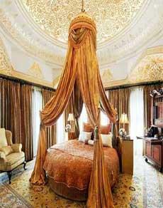 इस होटल में एक रात का किराया 10 लाख रुपए, देखें तस्वीरें