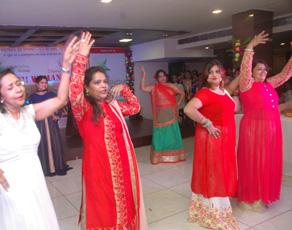 पटना में मदर्स डे पर आयोजित हुए कई कार्यक्रम, देखें तस्वीरें...