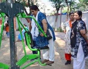 pics: ये है पटना का ओपन जिम, हर सुबह व्यायाम को जुटते हैं लोग