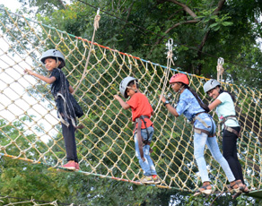डर और रोमांच से भरपूर है पटना का एडवेंचर पार्क, देखें तस्वीरें...