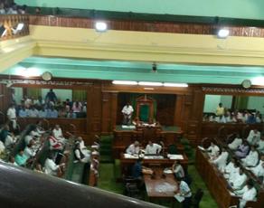 pics: नीतीश कुमार ने सदन में हासिल किया विश्वास मत, विपक्ष ने किया हंगामा