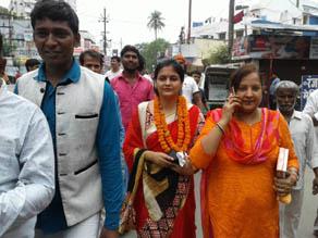 पटना नगर निगम चुनाव, आधी आबादी की दिखी धमक, देखें तस्वीरें...