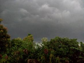 pics: अगले 24 घंटे में बिहार के कई जिलों में आंधी-बारिश का हाई अलर्ट जारी