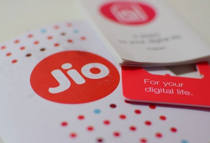 जियो की साइट से हटा समर सरप्राइज ऑफर, अब नए प्लांस से बंधी उम्मीदें