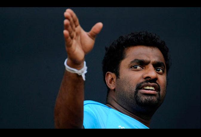 लोग रह गए थे शॉक्ड, जब टेस्ट मैच में 800 विकेट लेने का रिकॉर्ड बनाने वाले मुरलीधरन ने कुंबले को कहा था चालू