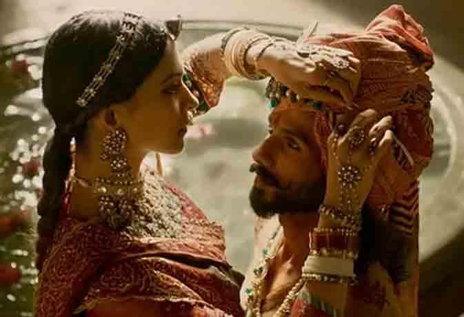 जानें 'पद्मावती' में रणवीर, दीपिका और शाहिद के कास्ट्यूम के राज