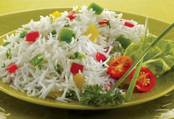 चावल में होता है यह खतरनाक जहर, पकाने से पहले ऐसे निकालें