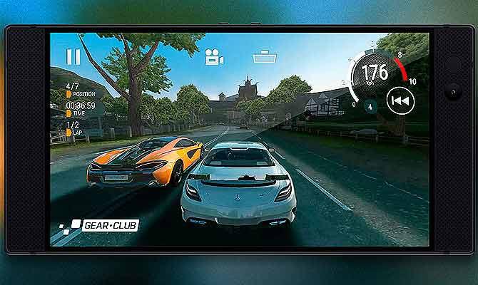 गेमिंग के दीवानों के लिए आया 8 जीबी रैम वाला 'रेजर' फोन, जो गेम को नहीं आपको चलाएगा!