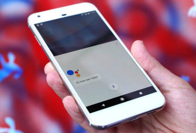 आ रहा है गूगल का नया पिक्सल स्मार्टफोन, सस्ते फोन पर कयास किये खारिज