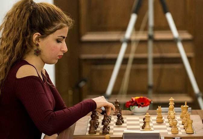 बिना हिजाब पहने शतरंज खेलने पर ईरान ने महिला खिलाड़ी पर लगाया बैन