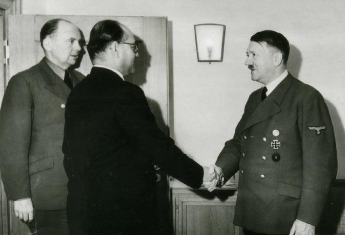 जब हिटलर को झेलनी पड़ी इस भारतीय नेता के सामने शर्मिंदगी, मांगी थी माफी