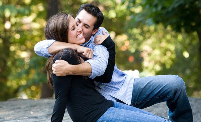 relationship story, relationship tips, relationship advice, kissing tips, why close eyes in kissing, kissing and eyes