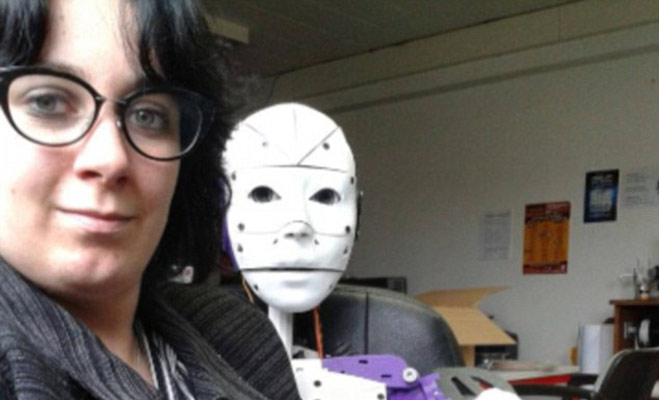 Image result for OMG! इस लड़की को हुआ रोबोट से प्यार
