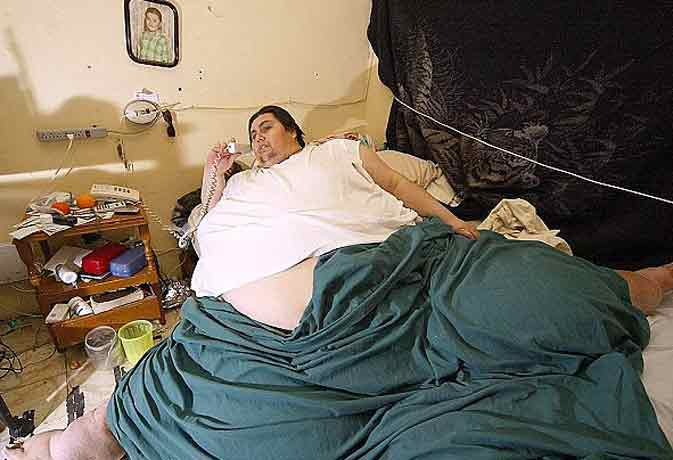 मैक्सिको में हार्ट अटैक से हुई दुनिया के सबसे मोटे आदमी की मौत