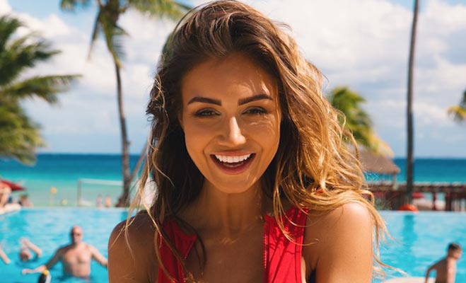 international news, pia muehlenbeck, instagram sensation, luxury sportswear line, market editor, grazia, instagram followers, blogger, slinkii athletic, pia muehlenbeck instagram pics