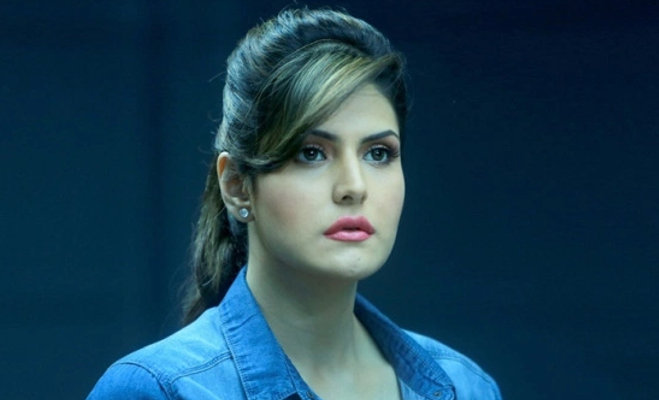 zareen khan,media reporters,reaction,bold scenes,aggresive