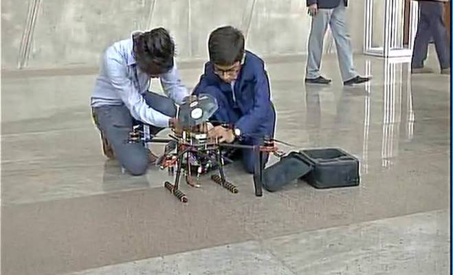 interesting news, harshwardhan zala, gujarat boy, anti landmine drone, gujarat, vibrant gujarat global summit signs rs 5 crore deal, great leaders, mou for drones,Interesting Facts News Hindi, Interesting Articles in Hindi, Funny News Hindi