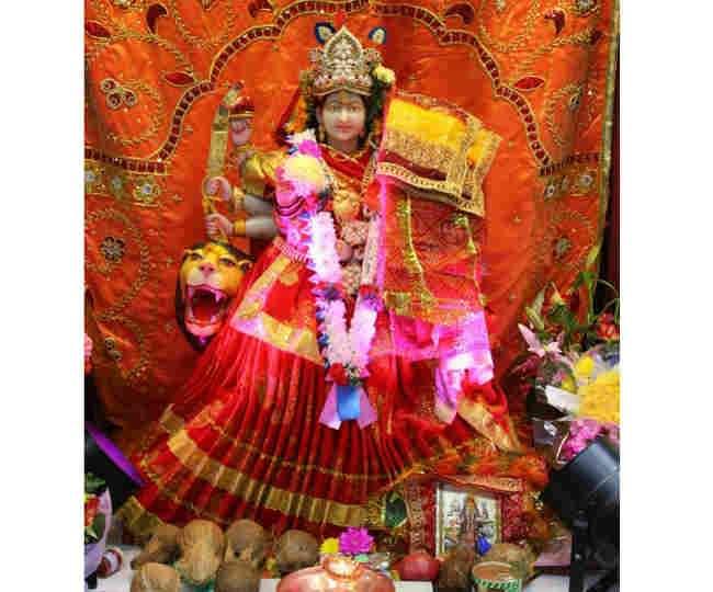 शुक्रवार को पूजा कर प्रसन्न करें माता दुर्गा को