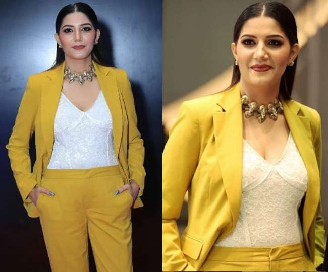 Sapna Choudhary New Formal Look In Yellow Coat Pant Will Surprise You  Photos Viral On Social Media