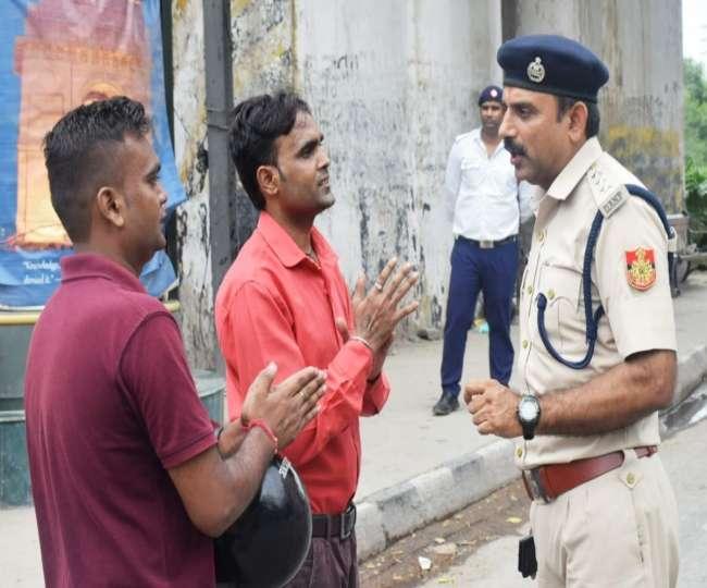 Image result for पुलिस ने गलत चालान काटा