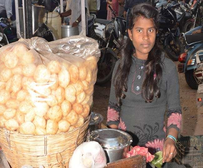 puja of jamshedpur sales golgappa earn money for study