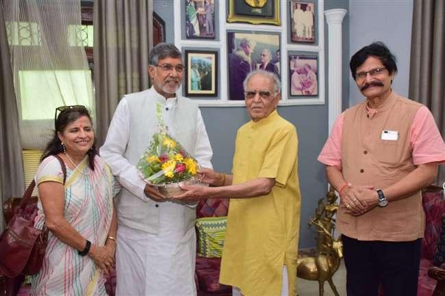 Kailash Satyarthi Wife