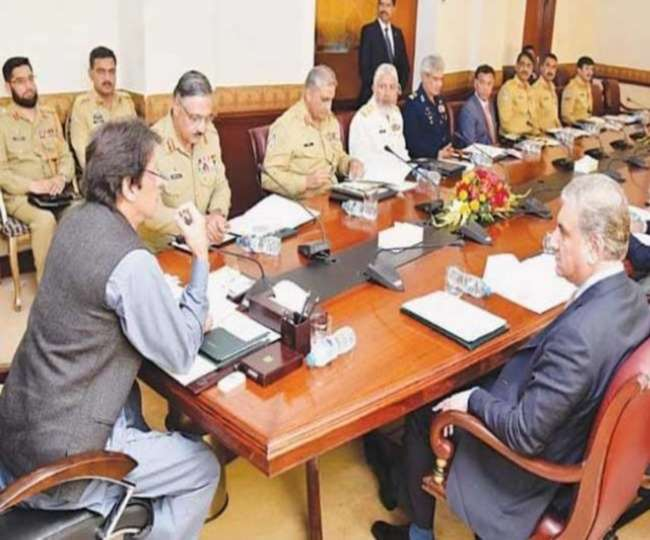 कश्मीर पर भारत के स्टैंड से सहमा पाकिस्तान, संसदीय समिति की अहम बैठक आज
