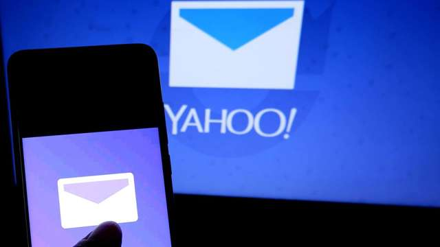 yahoo services went down for several hours user facing
