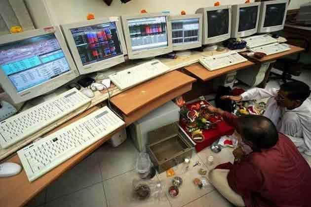 दिवाली के दिन साल में एक बार शाम को क्यों खुलता है शेयर बाजार, जानिए इसके बारे में