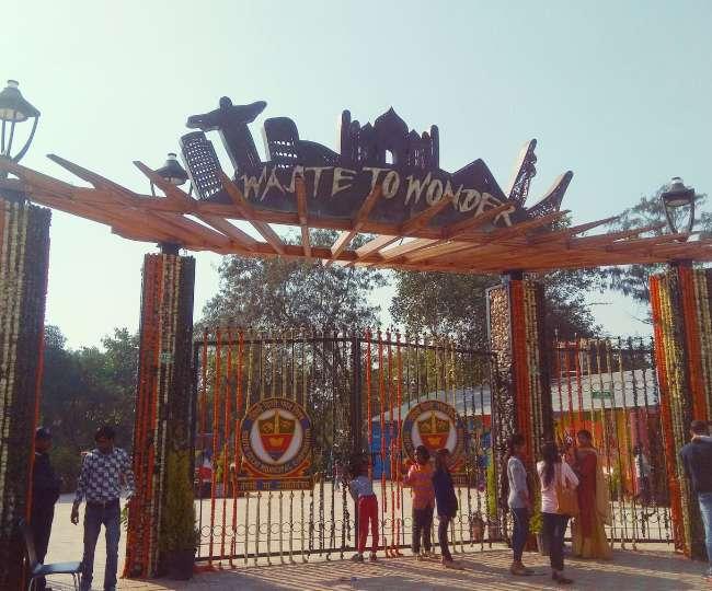 दिल्ली के वेस्ट टू वंडर पार्क आकर देखें एक साथ दुनिया के 7 अजूबे