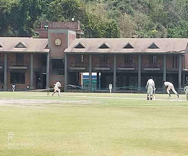 प्राइवेट ऐकेडमियों में तैयारी को मजबूर हैं उत्तराखंड के क्रिकेट खिलाड़ी, जानिए वजह