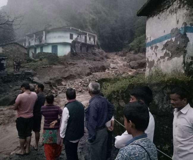 उत्तराखंड में बारिश का कहर, चमोली में फिर बादल फटा; सात आवासीय भवन हुए क्षतिग्रस्त