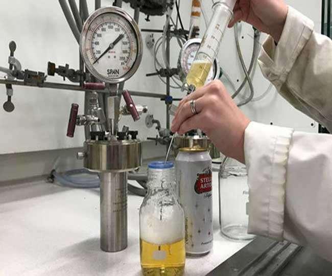 Image result for ब्रिस्टल यूनिवर्सिटी में शोधकर्ताओं ने कहा कि शराब में पाया जाने वाला ईथेनॉल पेट्रोल के विकल्प के रूप में काम में नहीं लाया जा सकता, लेकिन अगर इस रसायन को प्रोसेस करके ब्यूटेनॉल में बदल दिया जाए तो वो ईंधन के रूप में आसानी से प्रयोग में लाया जा सकता है।
