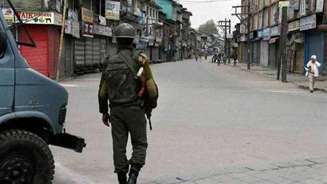 कश्मीर बंद के कारण सामान्य जनजीवन प्रभावित, अलगाववादी नेता घरों में रहे नजरबंद