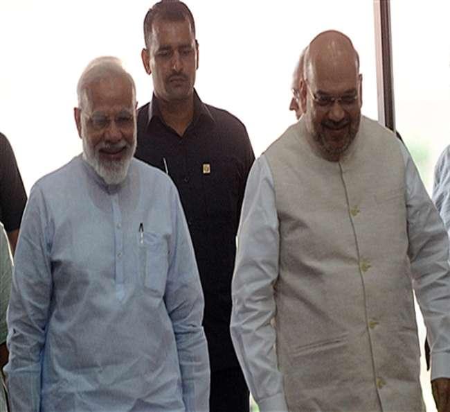 जम्मू कश्मीर पर एक बार फिर चौंकाएगा पीएम मोदी का फैसला, किसी को नहीं होगा अंदाजा
