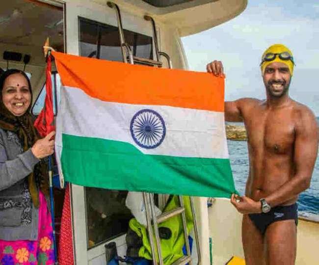 भारत के रोहन ओशियन सेवन चैलेंज पूरा करने वाले सबसे युवा तैराक बने