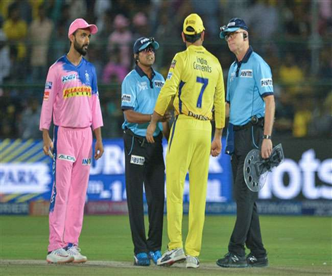IPL 2019: Dhoni does not punish the umpire on the no ball controversy?