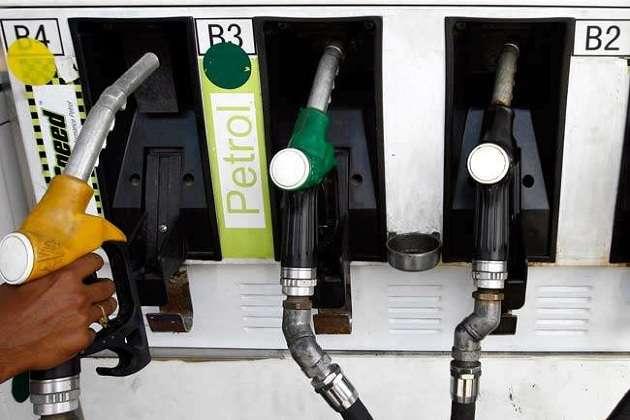 शुक्रवार को बढ़ गए पेट्रोल-डीजल के दाम, जानिए आज आपके शहर में क्या रही कीमत