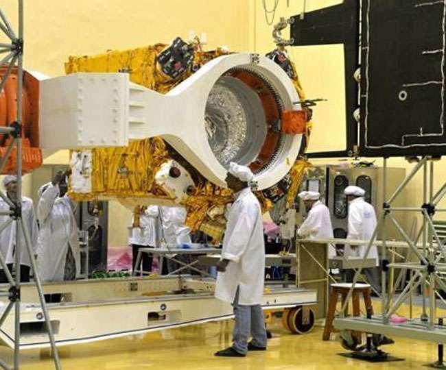 Image result for 15 जुलाई को रवाना होगा चंद्रयान-2 : ISRO