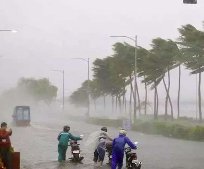Cyclone Vayu turns 'very severe': Evacuation on in Gujarat, NDFR on alert
