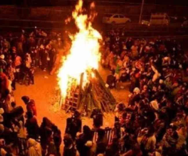 Holi 2019: जाने कब है होलिका दहन का शुभ मुहूर्त कैसे करें पूजन