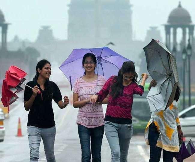 बारिश का इंतजार कर रहे दिल्ली-NCR के लोगों की मुसीबत बढ़ी, जानें- कब मिलेगी राहत