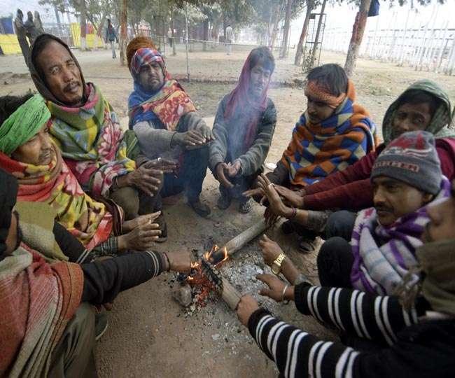 बिहार: कड़ाके की ठंड में 14 की मौत, घने कोहरे से ट्रेनें व फ्लाइट्स प्रभावित