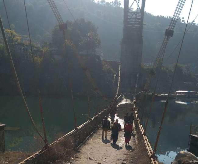 झील से बाहर आया पुल, लोगों ने राहत की सांस ली; जानिए कैसे