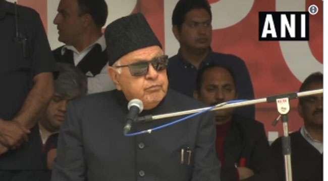 फारूक अब्दुल्ला ने कहा- मै मोदी को चुनौती देेेेता हूं, तुुुम टूट जाओगे पर हिंदुस्तान नहीं टूटेेगा